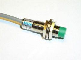 Senzor inductiv de proximitate Fotek PM12-04N-S