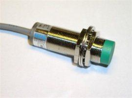 Senzor inductiv de proximitate Fotek PM18-08P-S